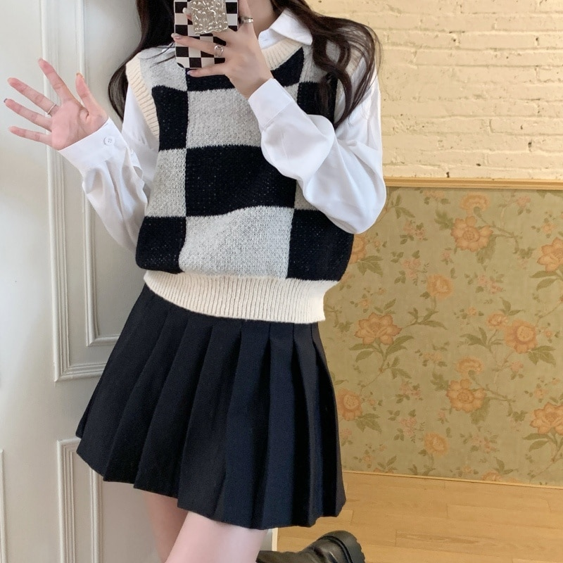 Autumn/winter Real Shot Cost-effective Chessboard Plaid Knitted Vest for Women Autumn and Winter