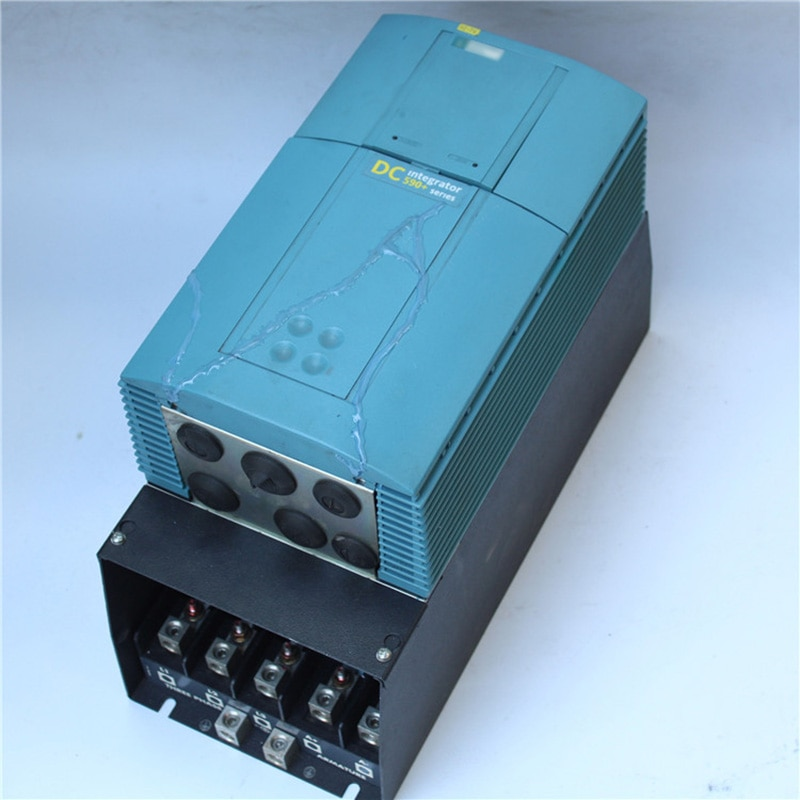 محركات الأقراص SSD 590P/0070/500/0010/UK/ARM/0/0/0 تيار مستمر 590 + التكامل 590P-0070-500-0010-UK-ARM-0-0-0 70A