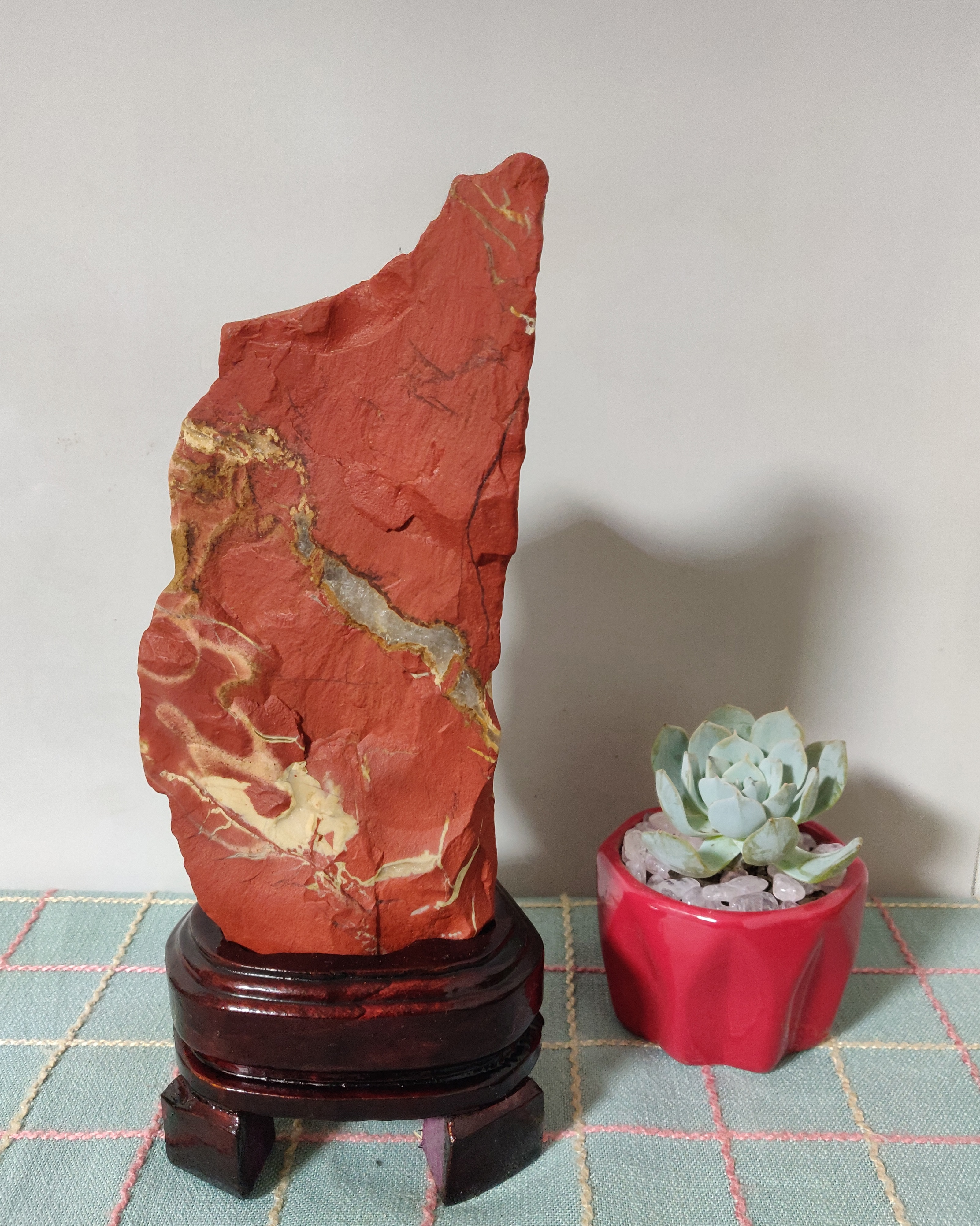 Big!1707g Natürliche oriental jasper mineral probe steine und kristalle healing kristalle quarz edelsteine Senden basis kostenloser versand