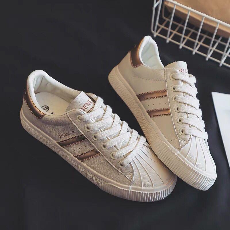 Zapatos blancos con punta de concha 2020 nv chun, nuevos zapatos casuales, zapatos escolares de calle coreanos, zapatos Ulzzang Harajuku