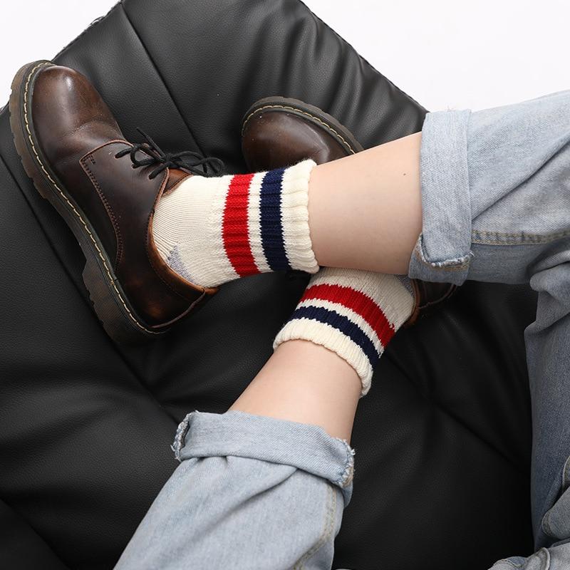 Женские носки, носки-трубы, утолщенные спортивные носки в корейском студенческом стиле, двухполосные спортивные носки с ворсовой петлей, хл...