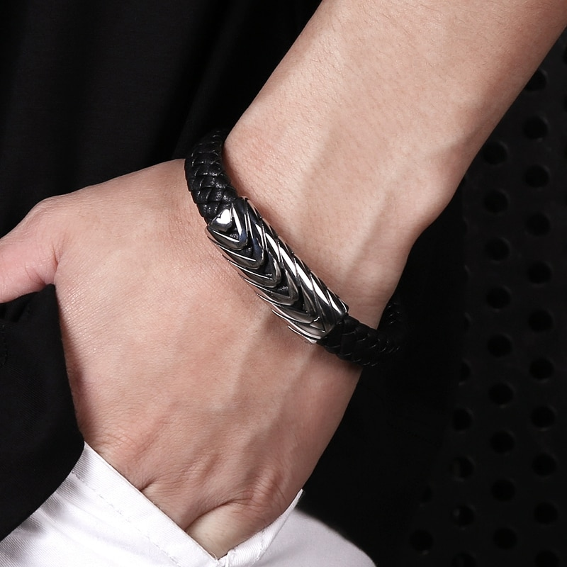 Fashion Bangle Classic Men Bracelet Black Leather Arrow Stainless Steel Magnet Buckle Male 2 Colors Jewelry Gift PS2078