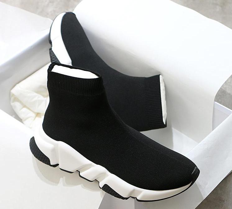 2020 hombres mujeres Casual Fly knit Stretch Ladies Shoes transpirable femenino cómodo Speed Trainer calcetines botas envío gratis