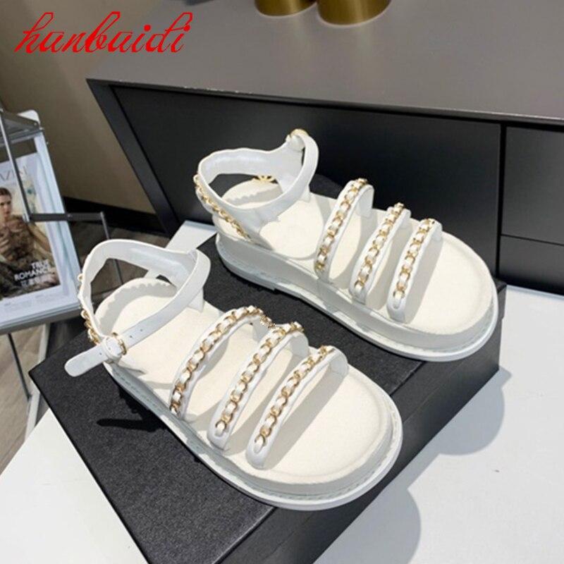 الصيف Hot البيع النساء Shose الكعوب المسطحة Soild اللون النعال الموضة الانزلاق على أحذية غير رسمية زخرفة المعادن مشبك حزام Sliper