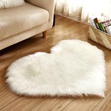 1 pièces 30x40cm peluche forme de coeur moelleux Imitation laine salon chambre doux décoration de la maison tapis couverture tapis antidérapant