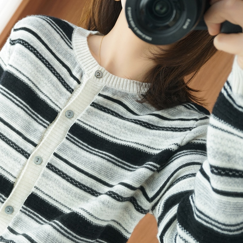 100% Pure Wool Cardigan Women's Autumn and Winter round Neck Wool Cardigan Women's Knit Sweater Striped Sweater Jacket Wholesale enlarge