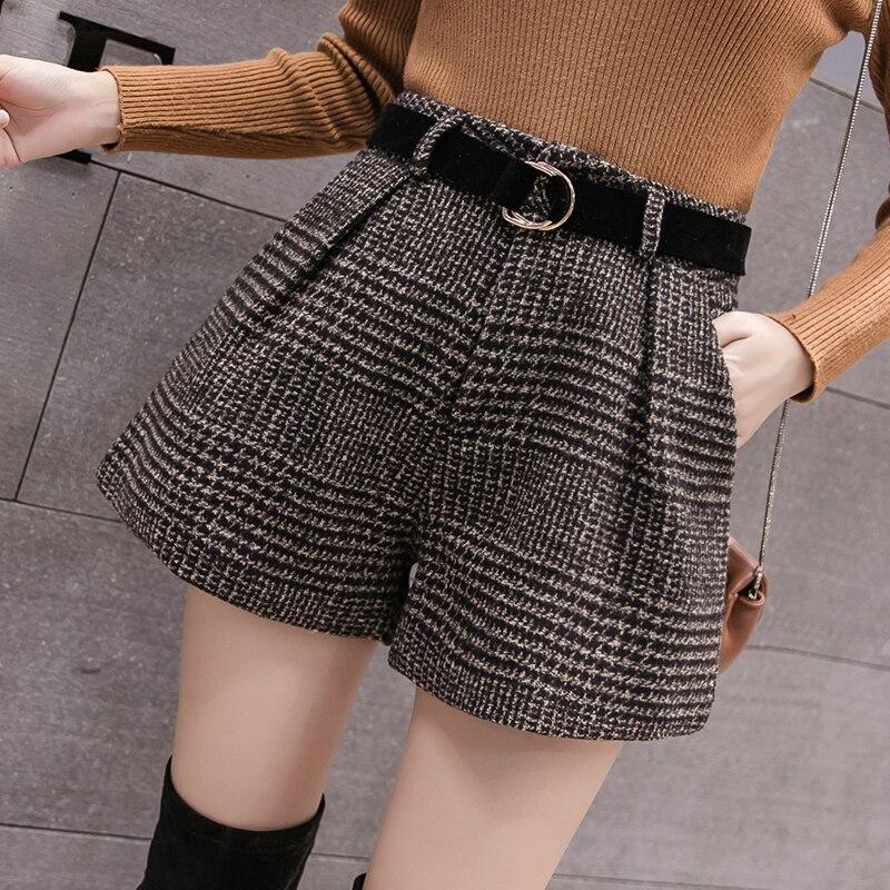 2020 New Autumn Winter Wool Shorts Women Korean High Waist Plaid Wide Leg Shorts Femme Casual Loose Boots Shorts недорого