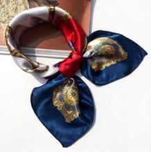 50*50cm wysokiej jakości jedwab szalik kobiety małe miękkie kwadraty ozdobny szalik na głowę wielokolorowy nadruk w paski chustka na szyję