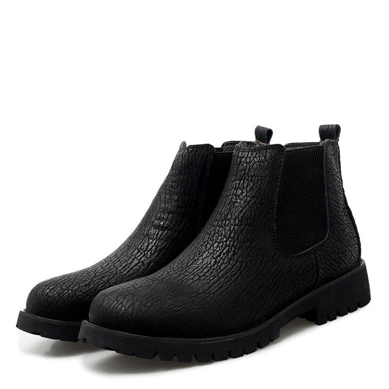 Winter plus velvet Chelsea boots large size middle-top Martin boots warm men's overalls boots