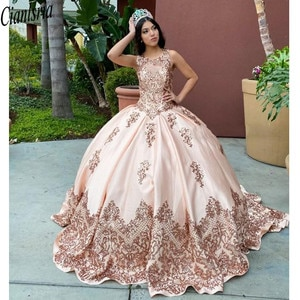 New Light Pink Quinceanera Dresses with Seuqins Applqiues Sleeveless Sweet 16 Dress Sweep Train vestidos de quinceañera