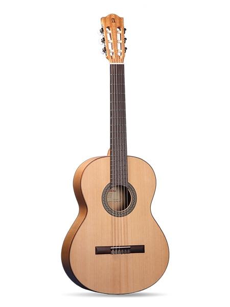 8.201 flamenco estudiante 2F guitarra clásica, almohadilla protectora, Alhambra
