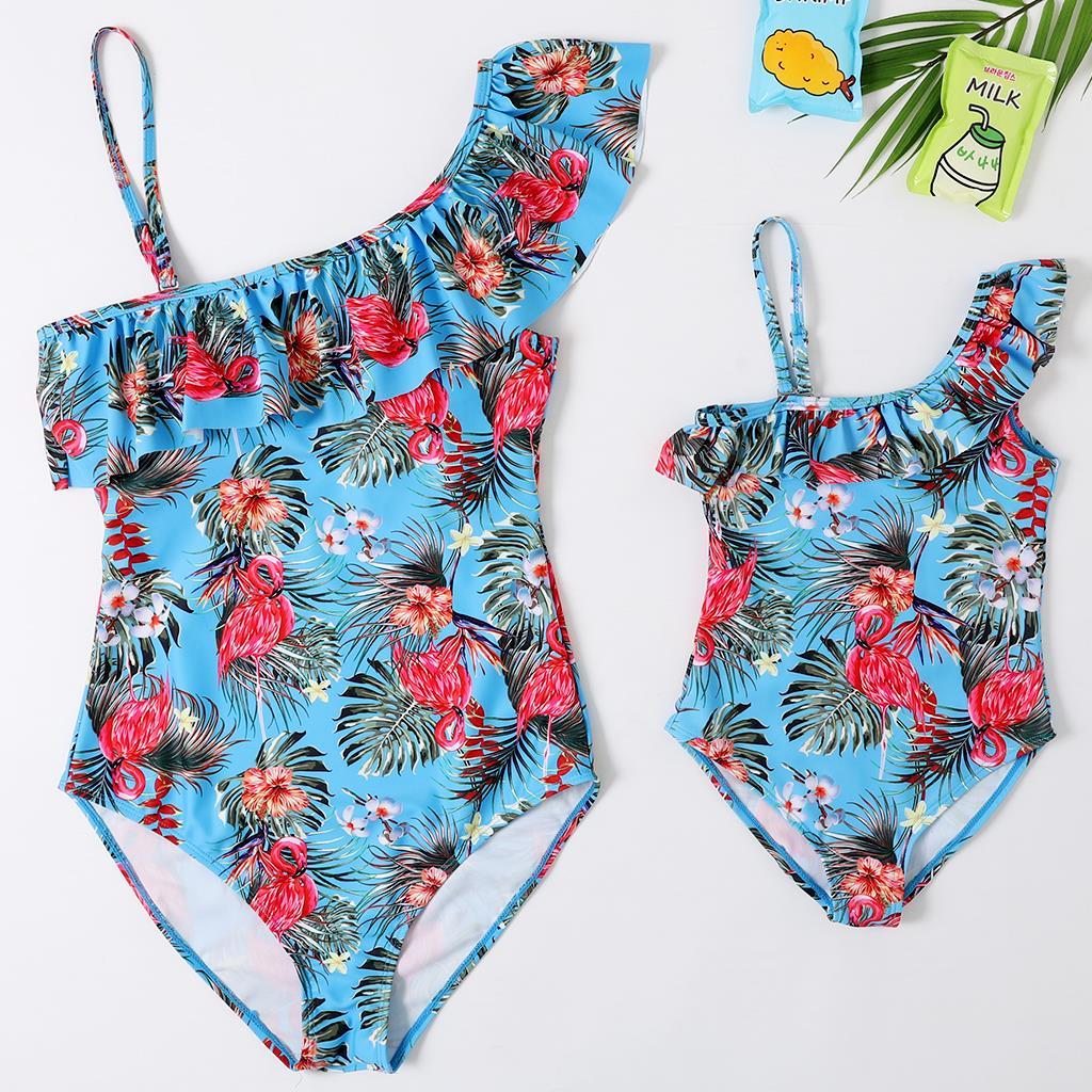 2020 New Beachwear Mum and Me Swimwear One Piece Flamingo Children swimsuit  Monokini for Girl and Women Family Swimsuit