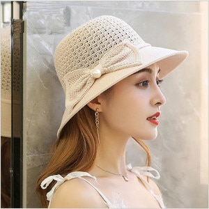 Summer Women Big Wide Sun Hat Bowknot Straw Hats Girl Outdoor Vacation Beach Hat UV Protection Bulk wholesale price