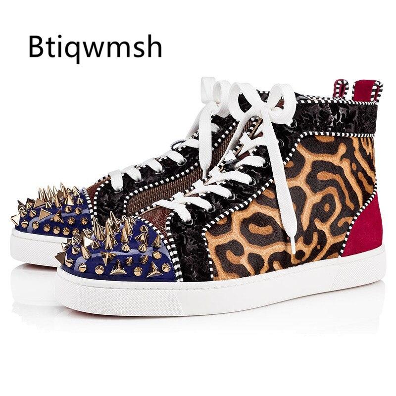 2020 zapatos de leopardo con punta redonda para hombre, zapatos planos con remaches de colores mezclados para hombre, zapatos mocasín a la moda