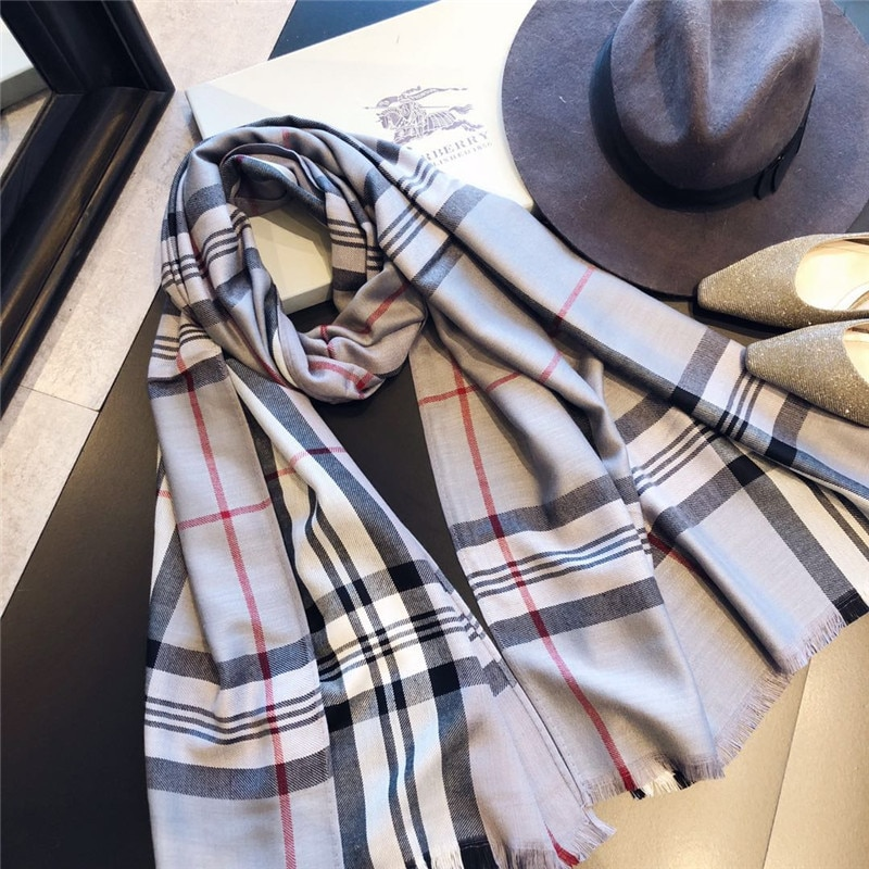 Women Cashmere Scarves With Warm Long Wraps Scarf Autumn Scarf England Classic Plaid Cashmere Scarves