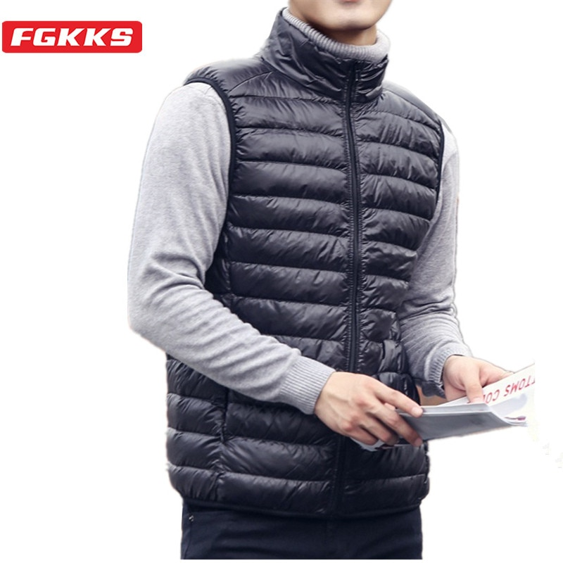 FGKKS модные брендовые Мужские Пуховые жилеты новые зимние повседневные легкие пуховые жилеты без рукавов