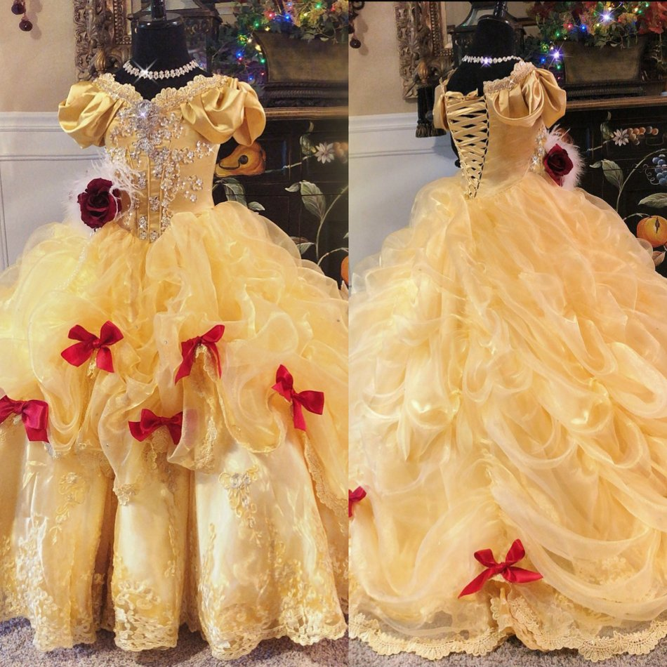 Vintage Gold Flower Girl Dresses Short Sleeves 2019 Lace Applique Tiered Ruffles Crystals Girls Pageant Gowns gold lace applique first communion dresses short sleeves top lace flower girl dress lace applique skirt girl pageant dresses