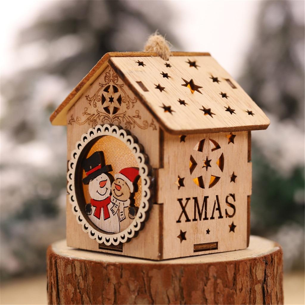 Linda luz LED casa de madera árbol de navidad adornos colgantes Santa muñeco de nieve adornos navideños para el hogar 2019 adornos de navidad