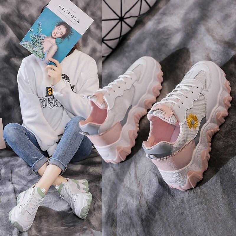 المرأة تنفس أحذية ربيع جديد الرياضة جميع-مباراة أحذية الربيع صافي الأحمر شقة الربيع