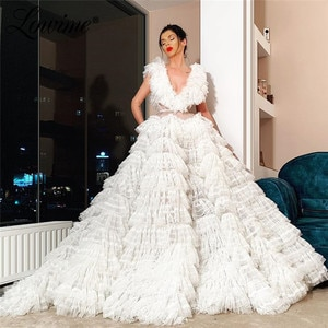 Illusion V Neck White Prom Dresses Puffy Tiered Dubai Evening Dress 2020 Custom Party Gown Women Evening Wear Robe De Soiree