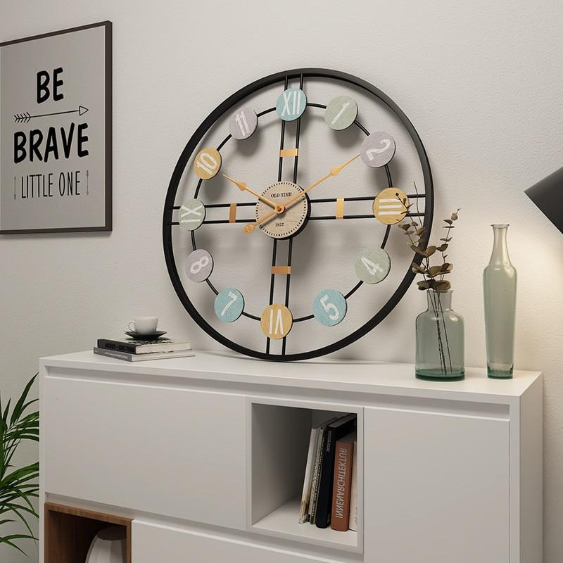 Big European Wall Clock Modern Design Wood Arabic Numerals Metal Mute Vintage Watch for Living Room Decoration Home Coffee Bar