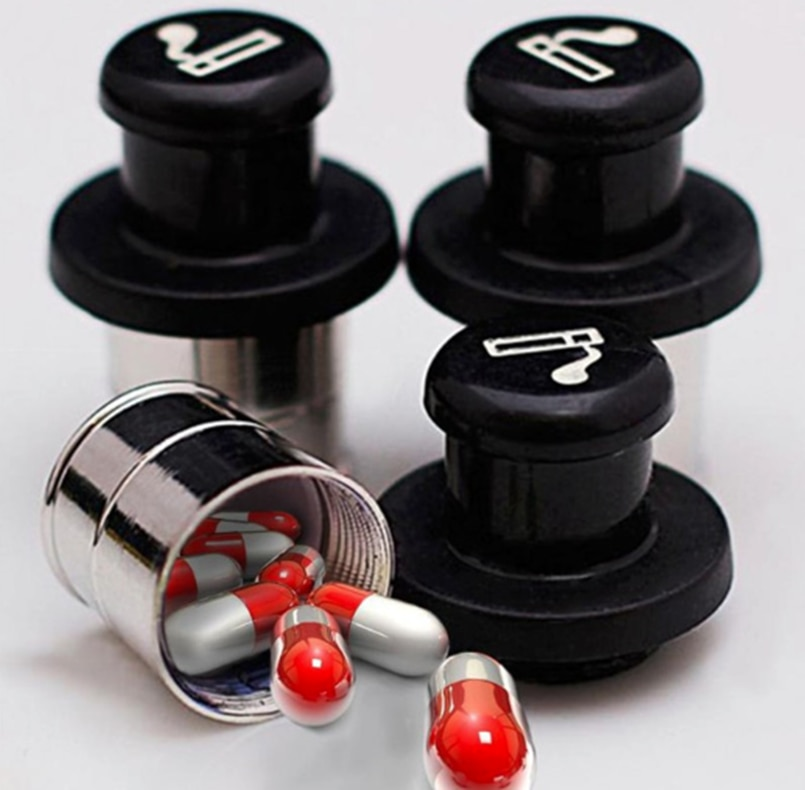 Secret Stash Car Cigarette Lighter Hidden Diversion Insert Pill Box Container Safe Storage Case (Black & Silver) недорого