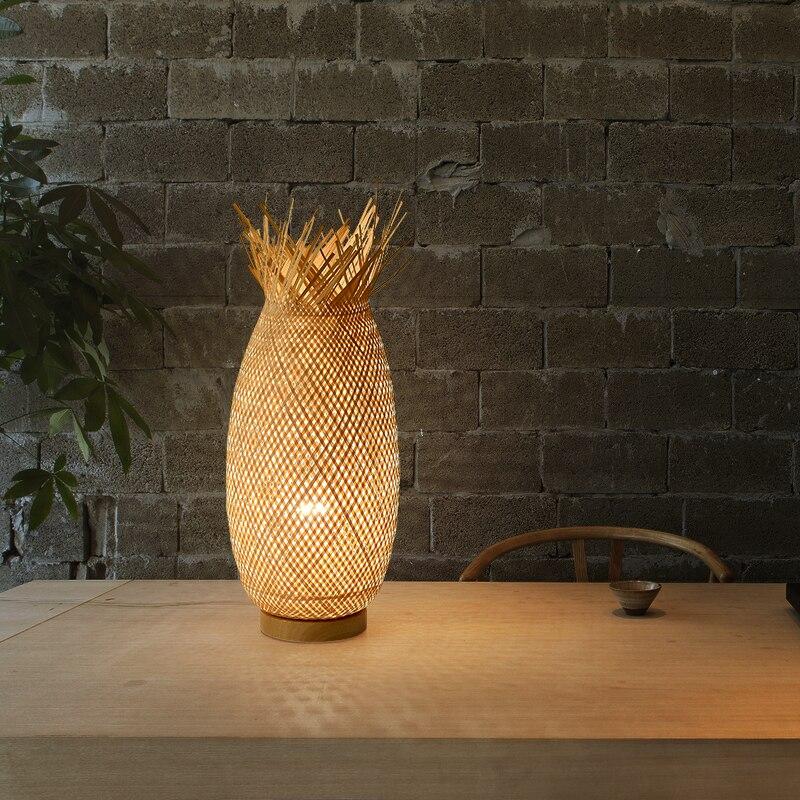 أباجورة مخصصة اليابانية الجدول مصباح غرفة نوم الإنترنت المشاهير رومانسية ومريحة الجدول الديكور الرجعية مصباح من الخيزران