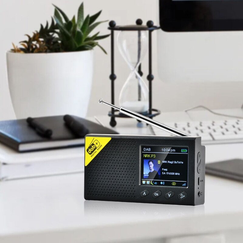 Portable Bluetooth 5.0 Digital Radio DAB/DAB+ and FM Receiver Rechargeable Lightweight Home office Radio enlarge