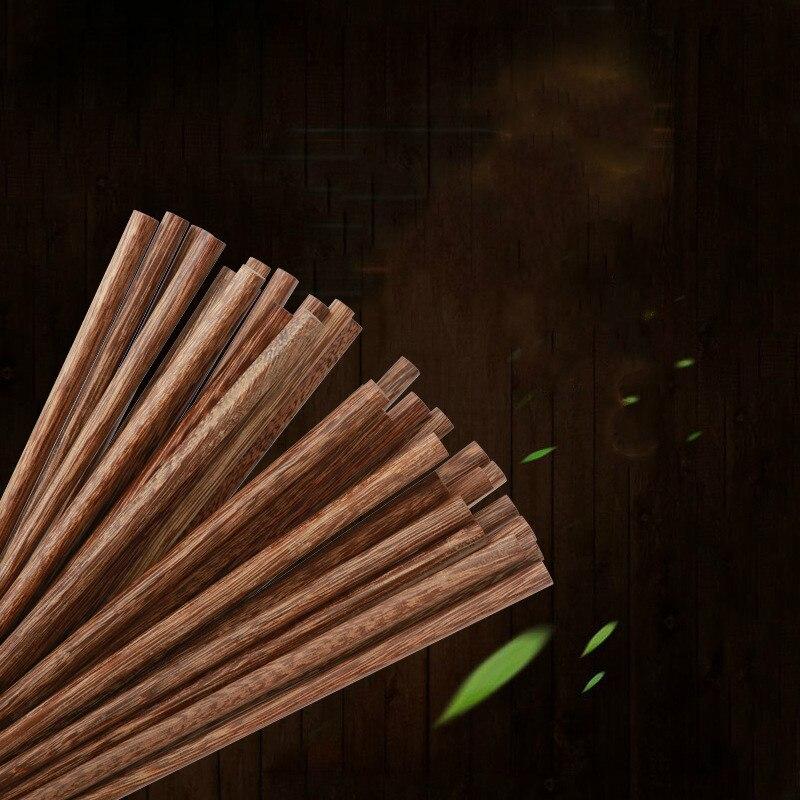 1 pares de madeira carregada do agregado familiar sem pintura encerando pauzinhos domésticos do hotel de estilo japonês