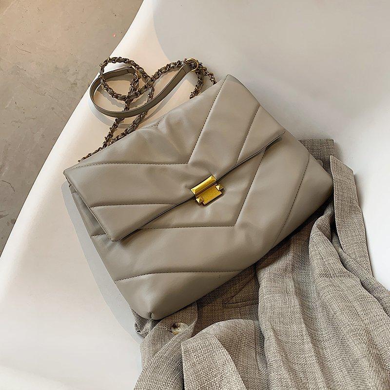 2021 New Fashion Trend Women Shoulder Bag large capacit Crossbody Handbags High Quality Leather Chai