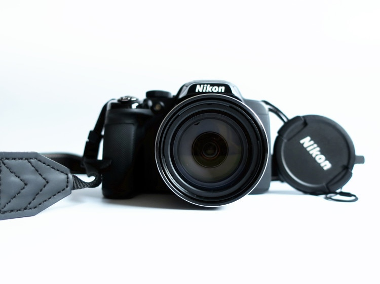 Б/у цифровая камера Nikon COOLPIX P520 18.1MP Full HD 1080p видео Встроенный gps 42x zoom NIKKOR стекло объектив автофокус, Wi-Fi