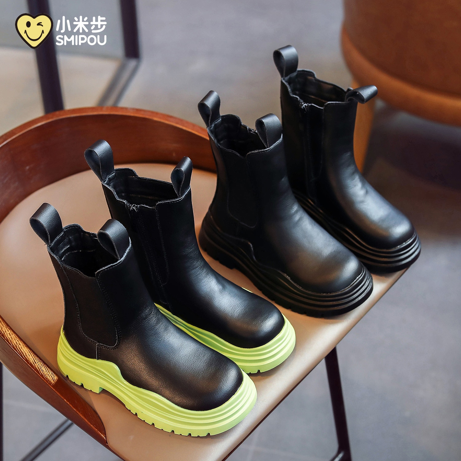 Girls' Mid-tube Boots Autumn and Winter New Children's Thick-soled Waterproof Single Boots Girls Retro Soft-soled Cowhide Boots
