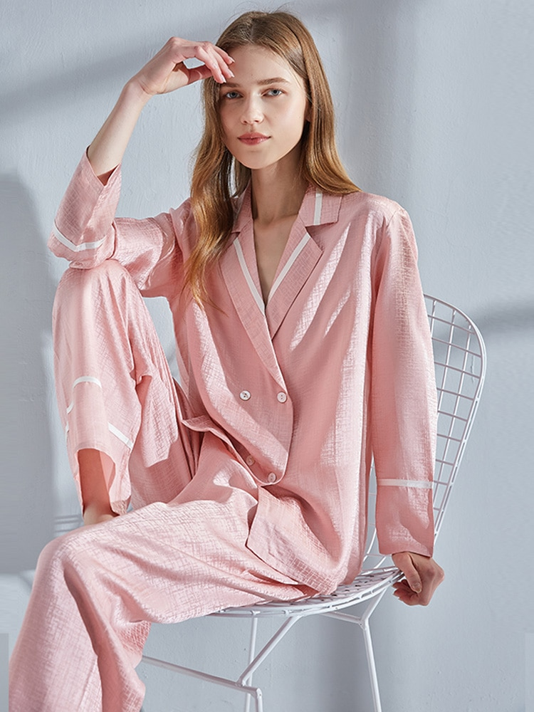 بيجامة حريرية طبيعية 100% للنساء طقم بيجامات بي جي وردي ملابس منزلية بأكمام طويلة ملابس نوم صيفية منزلية بيجامات حريرية من الساتان