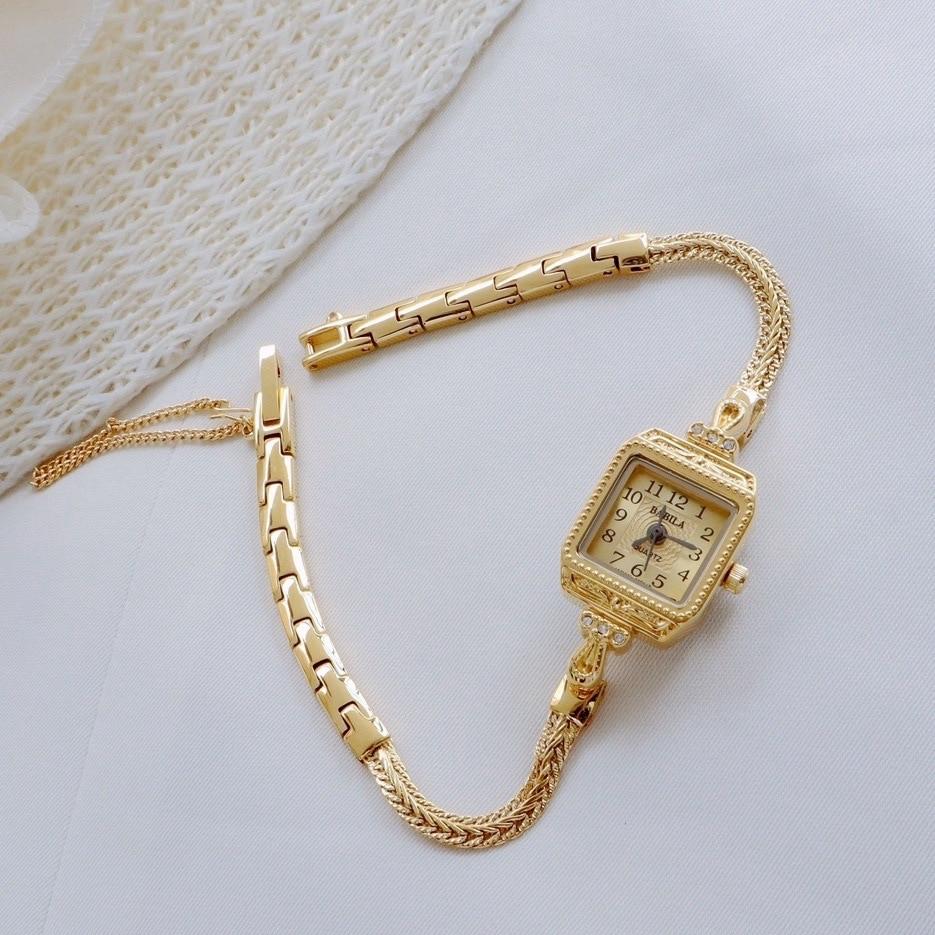 Womens Watch Small Delicate Lightweight Gentage Thin Belt Watch INS Retro Bracelet Square Watch Girl