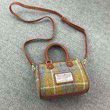 Imported 100% Pure Wool Leather Handbag High Quality British Handbag Square Plaid Shoulder Pillow Ba