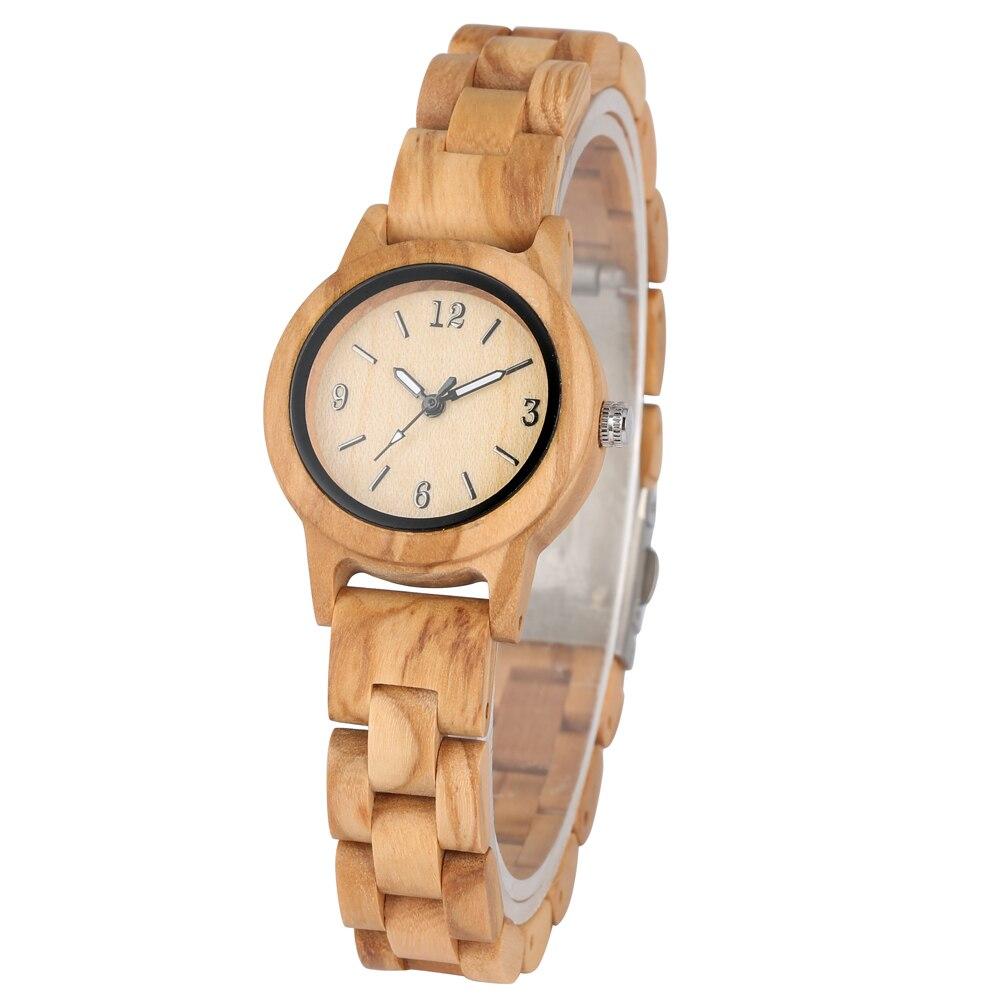 ساعة كوارتز خشبية طبيعية للنساء ، صناعة يدوية ، مينا صغيرة ، مؤشرات مضيئة ، ساعة يد