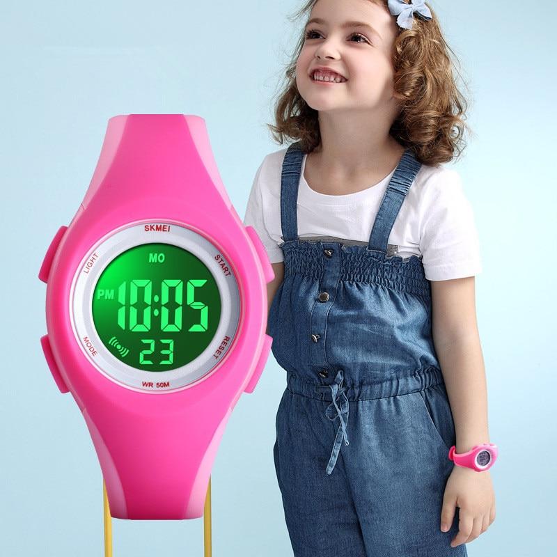 Детские электронные цифровые часы с ЖК-дисплеем, спортивные часы, секундомер, светящиеся водонепроницаемые детские наручные часы для мальч...