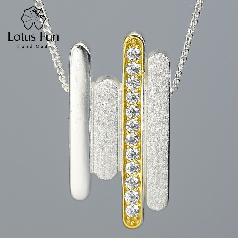 قلادة مصنوعة يدويًا من الفضة الإسترليني 925 على شكل زهرة اللوتس المرحة ، قلادة بخطوط موازية بسيطة مبتكرة بدون عقد للنساء