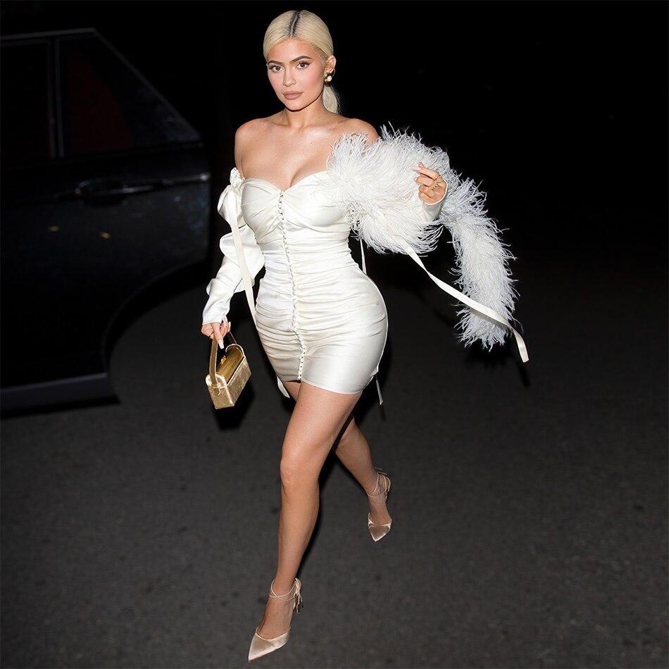 Diseño independiente de seda pluma vestido KylieJenner sin tirantes botones embellecidos apretado blanco mini Fiesta club traje sexy top