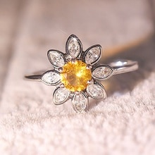 Trendy Exquisite Cute Sunflower Rings Yellow CZ Zirocn Stone Rings For Women Creative Wedding Engagement Jewelry Best Gift