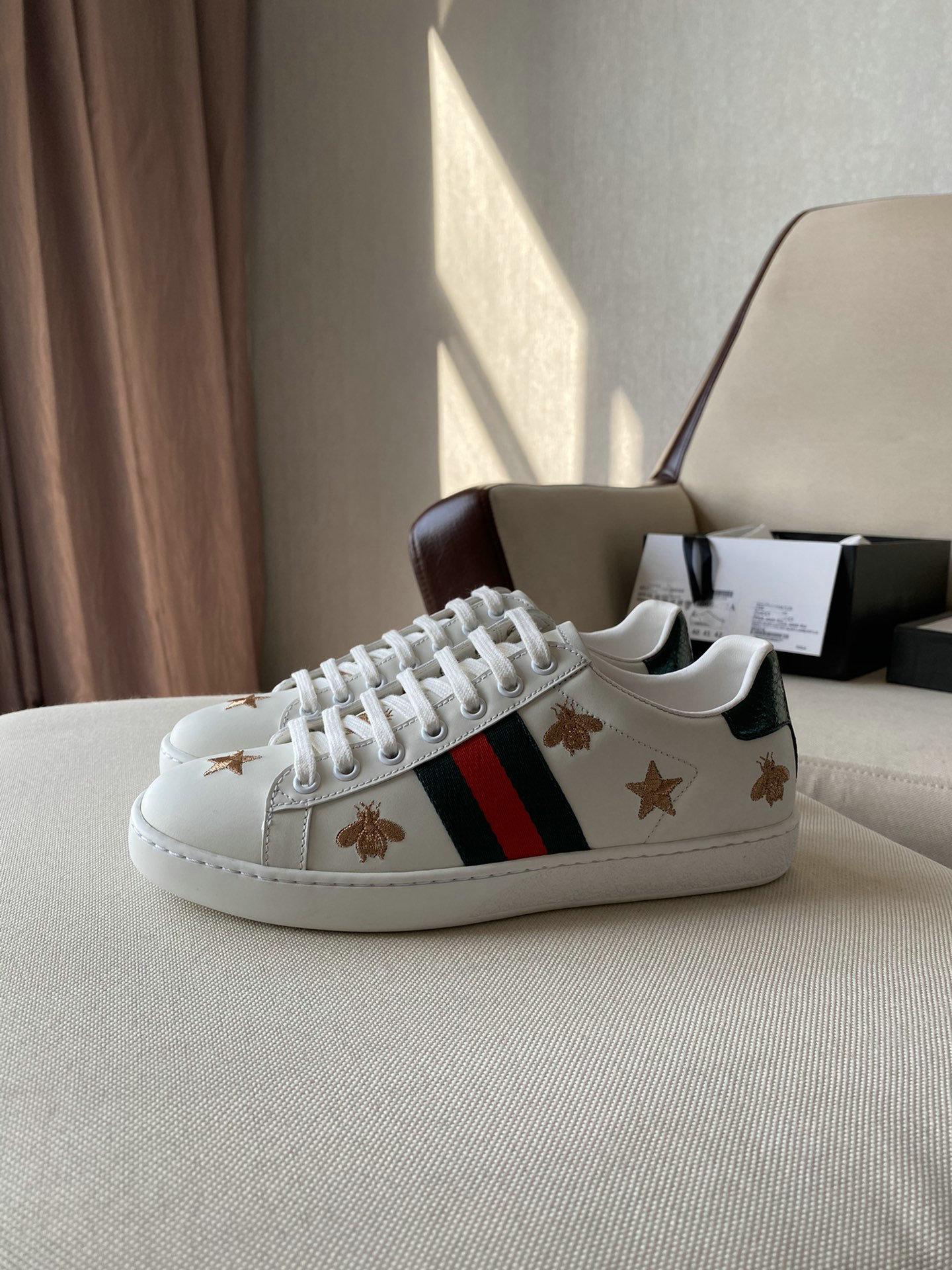 2021New Sneakres الصيف امرأة أحذية رياضية غير رسمية الكتابة على الجدران الشقق السيدات أحذية مفلكنة أحذية الخريف الأبيض