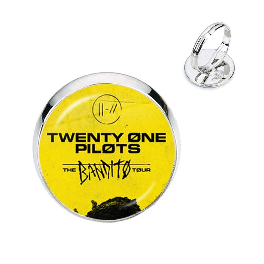 Pulsera de música Twenty One Pilots, anillos de cristal con cabujón, Souvenir de moda, Collar de hip hop Rock, pines para niños y mujeres, joyería para regalo