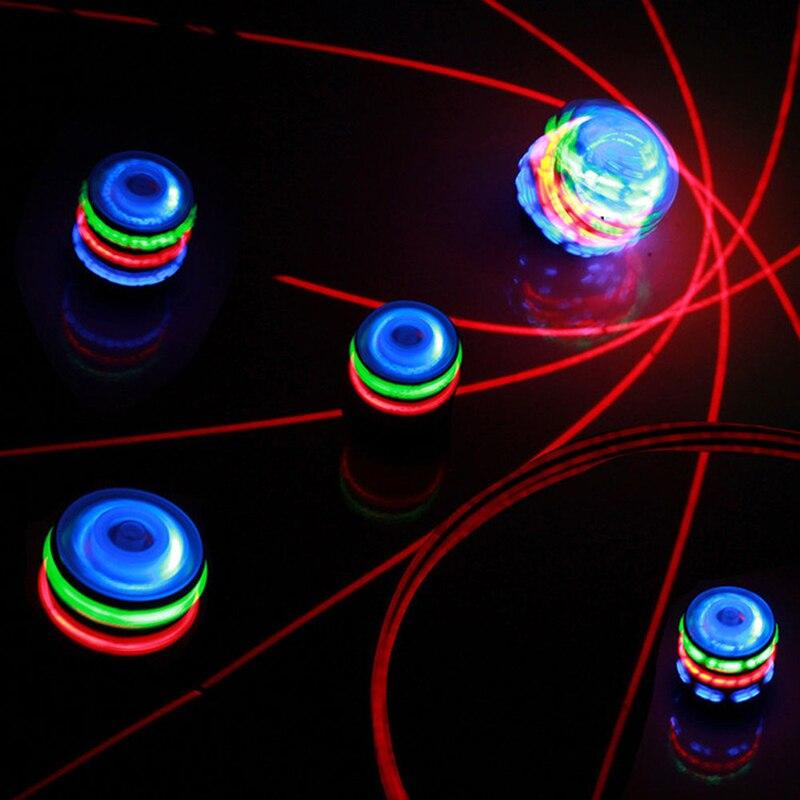 O flash colorido conduziu a luz interessante música luminosa giroscópio brinquedo das crianças girando topo do laser música giroscópio presente do miúdo