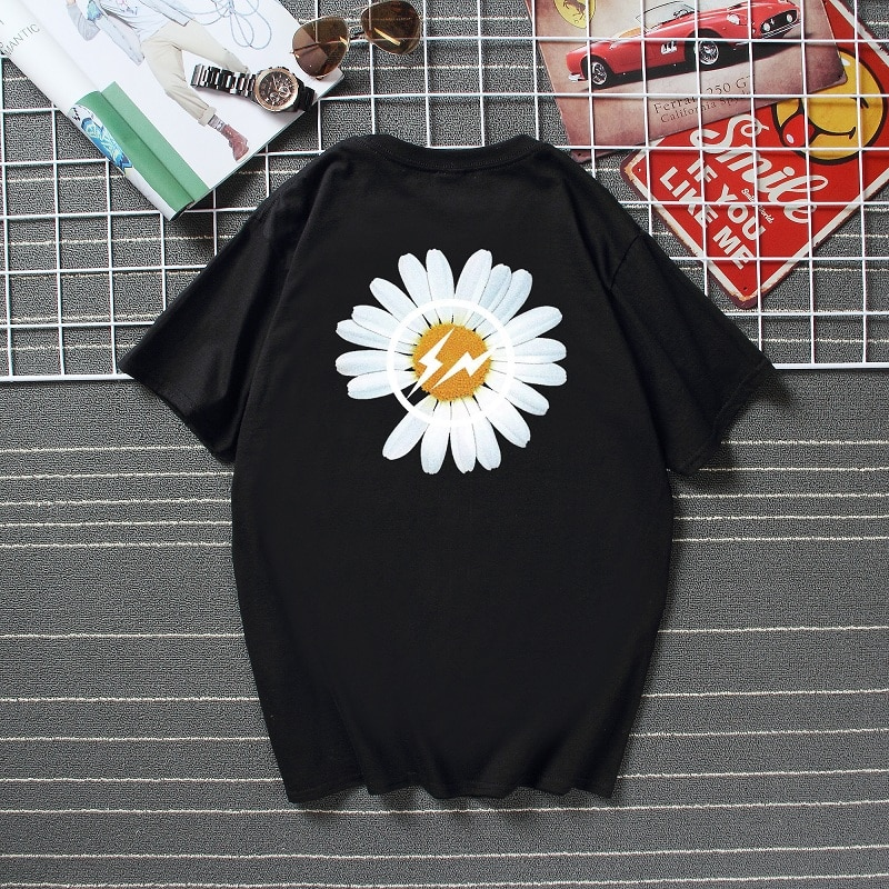 2020 japoneses nuevos Camiseta estilo crisantemo hombres mujeres verano cuello redondo 100% de algodón de manga corta Camiseta hip hop