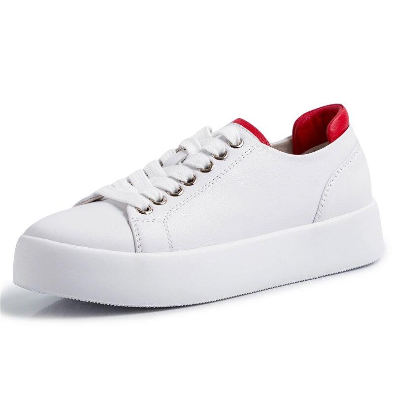 Tênis de salto feminino, sapatos brancos e pequenos de couro, fundo plano, super macio, coreano, casual, para mulheres, outono 2020