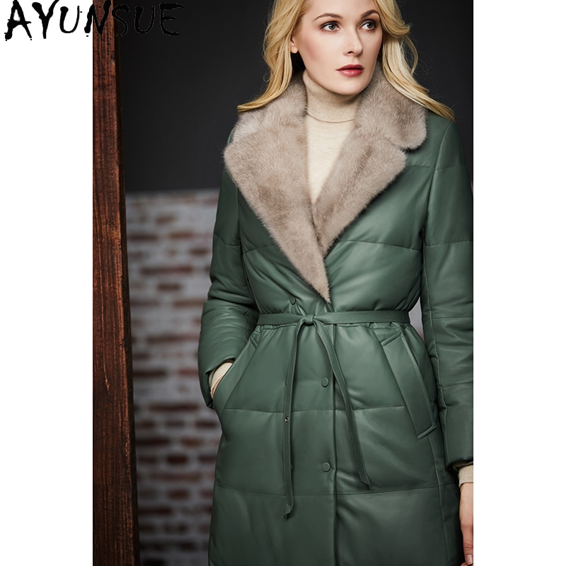 AYUNSUE-معطف نسائي طويل من جلد الغنم ، جاكيت شتوي بياقة من فرو المنك ، أبيض ، 90%