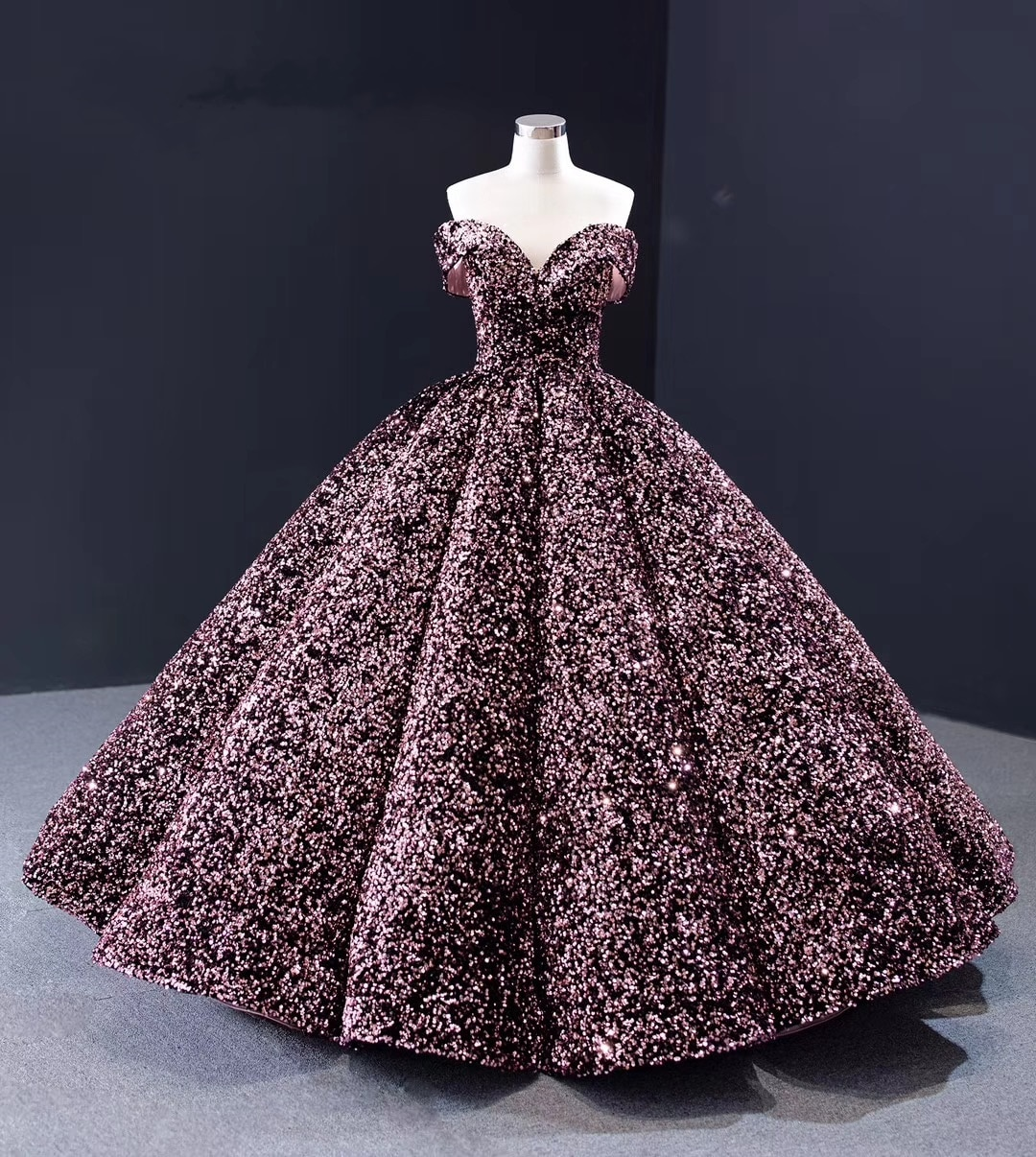 Latest Cap Sleeves Prom Dresses Glitter Colorful Sequins Ball Gown Evening Dress