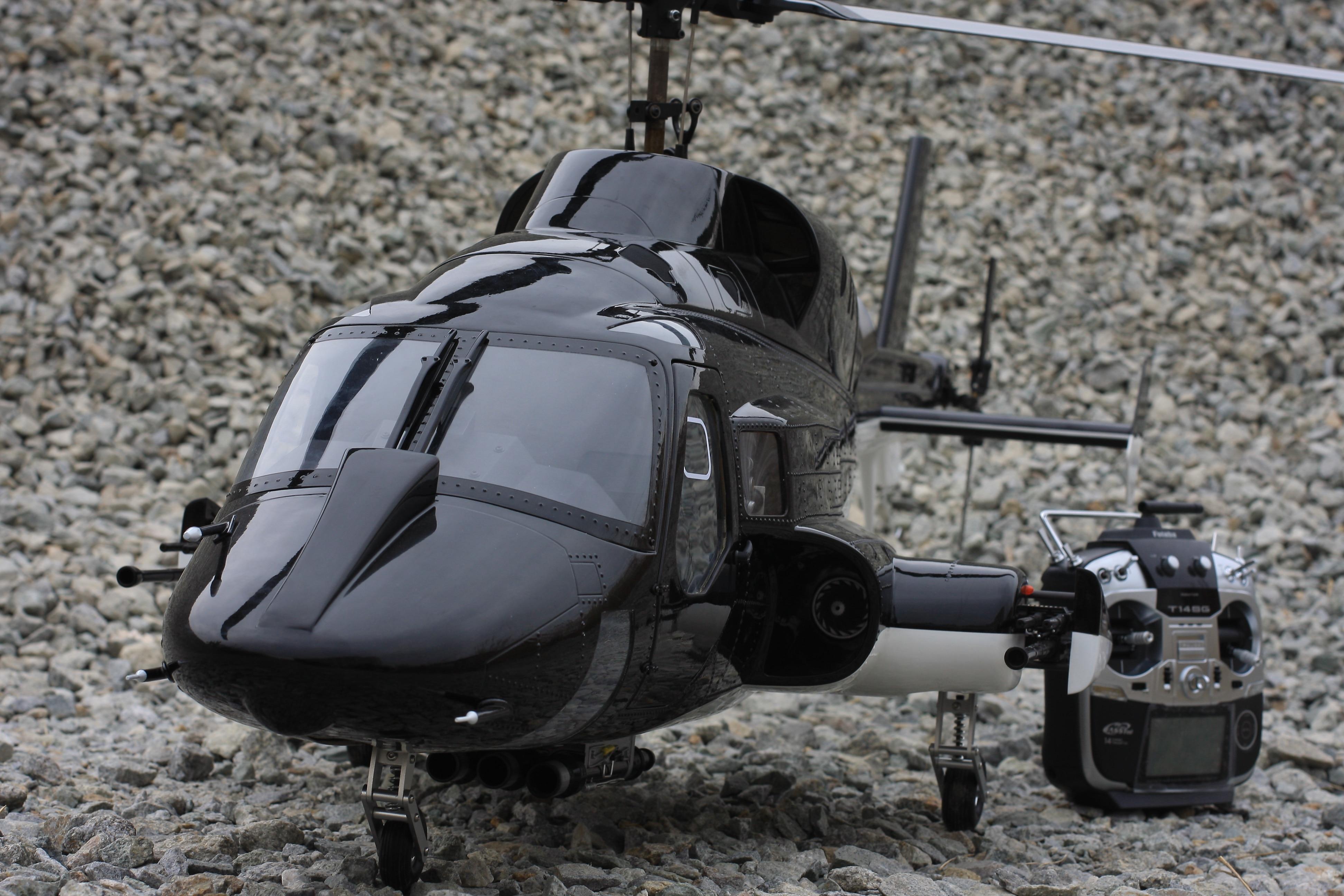 Advance sale 800 size Airwolf Black fuselage Helicopter & Mechanik conversion kit