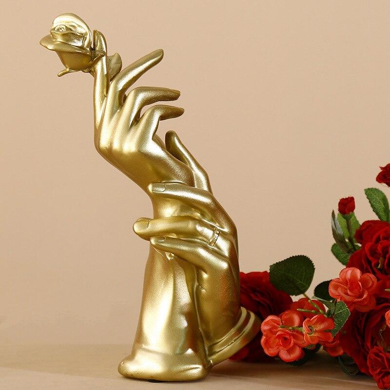 الذهب تماثل صمغي للديكور ديكور المنزل التماثيل مجردة النحت التماثيل الحديثة الحب ارتفع تمثال عيد الحب الحاضر