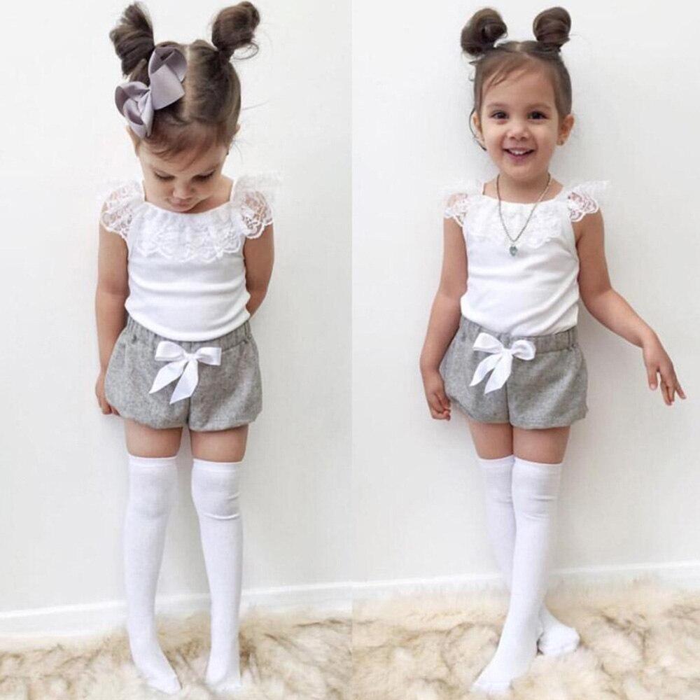 Traje de niña bebé a la moda ropa de verano blanco puro sin mangas top + pantalón corto con moño gris conjunto de dos piezas para 1-5 años geniales niñas esenciales